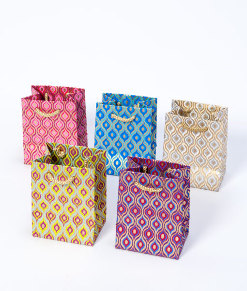 Gift bags lotus eyes are elegant, handmade and eco friendly.