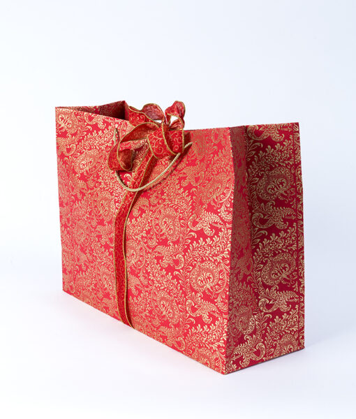 Gift bag red splendour are handmade eco friendly and sustainable.
