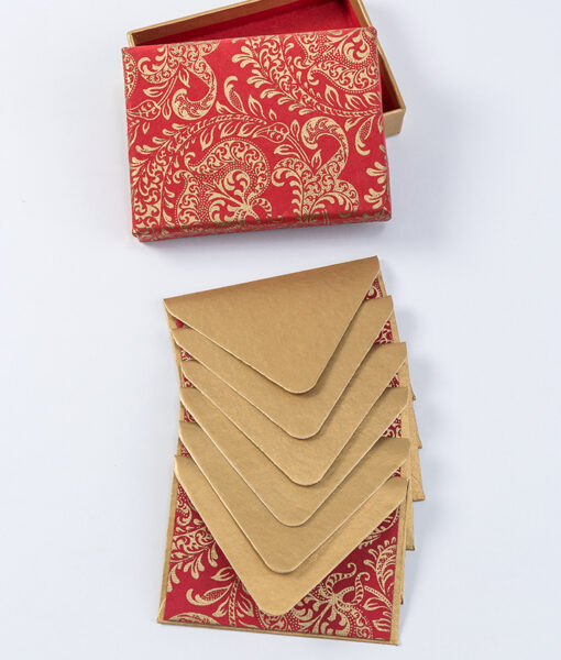 Red splendour note card looks rich and opulent made from recycled paper