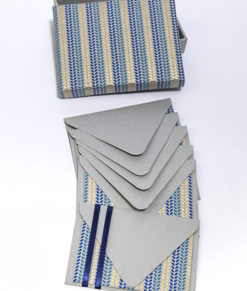 Note card leafy stripe is smart, stylish and made from eco friendly paper.